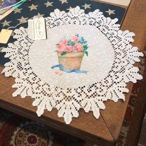 NWT vintage lace doily w/flower pot design